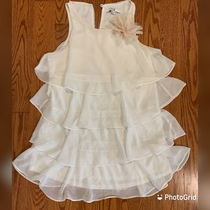 Forever 21 white ruffle dress with flower bow